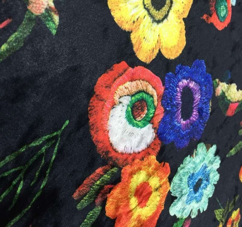پارچه مخمل طرح دار لباسی